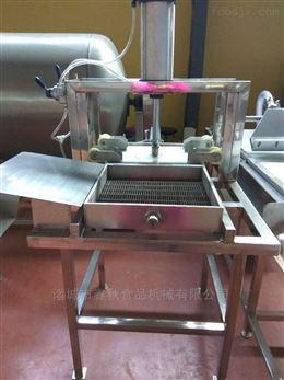 全套豆腐干生产设备搭配豆干技术得多少钱?