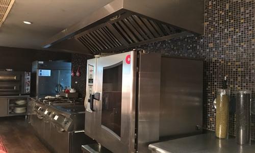 智慧厨房受到关注 智能厨房设备烹制注册送59短信认证可口餐食